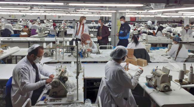 TÜPRAŞ'ın Robotik Kodlama Sınıfları Maske Üretiyor